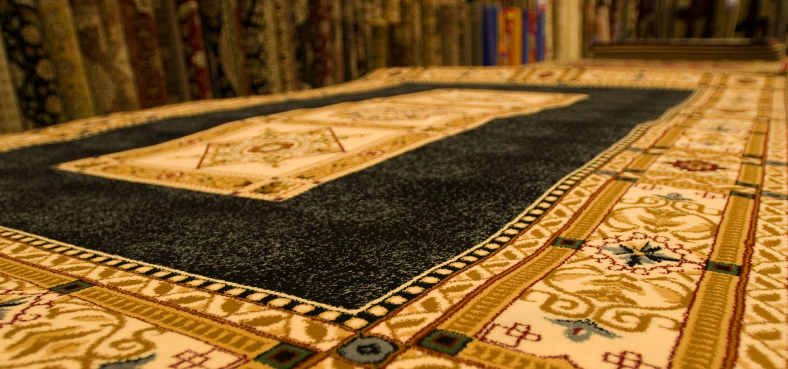 tapijt reinigen tapijten reinigen tapijt dieptereinigen tapijt desinfecteren tapijt urine. Black Bedroom Furniture Sets. Home Design Ideas