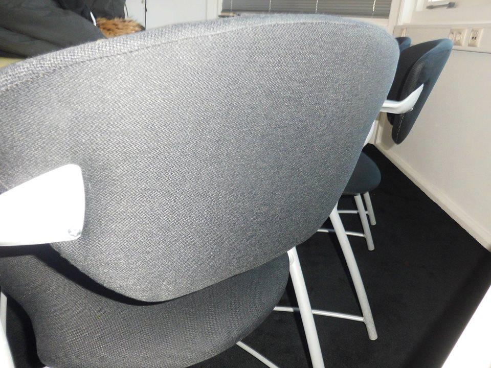 Kantoorstoelen reinigen dordrecht abt cleaning for Kantoorstoelen
